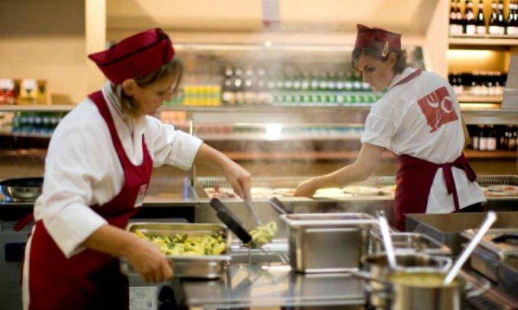 Cir food assume addetti alla ristorazione baristi cuochi for Subito offerte di lavoro torino
