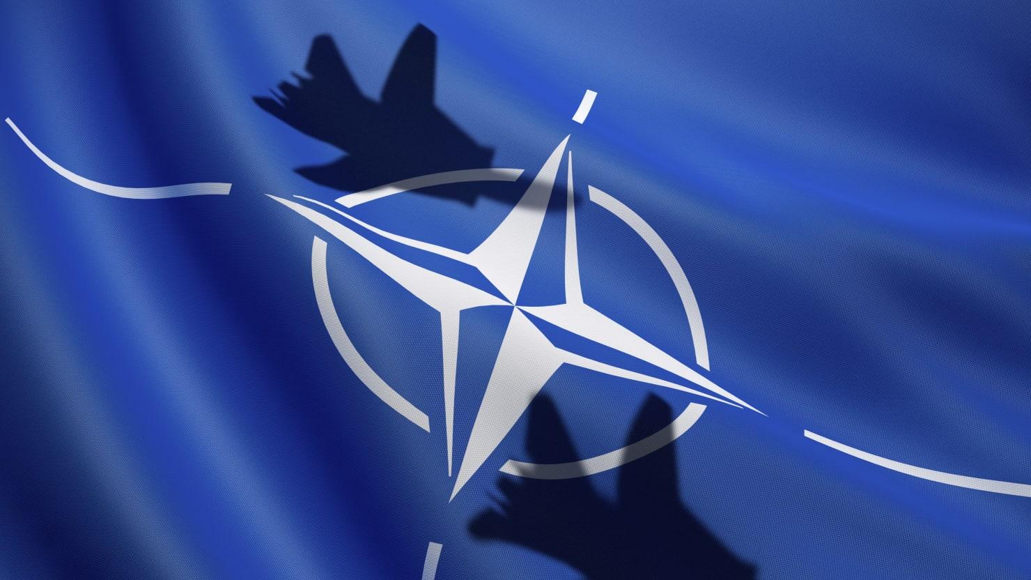 La NATO assume a Napoli e La Spezia, stipendi dai 5 ai 7mila euro al mese
